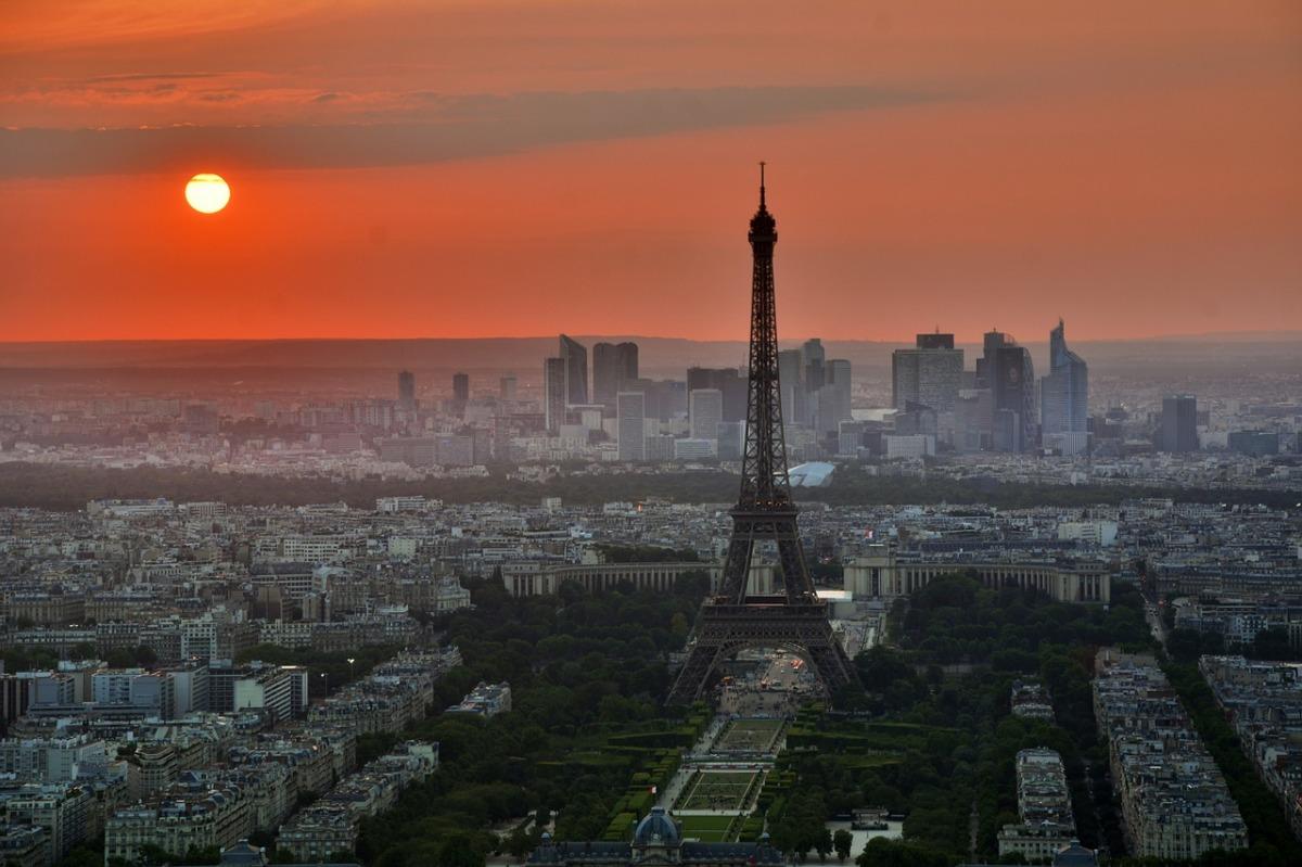 Pourquoi les prix de l'immobilier à Paris flambent?
