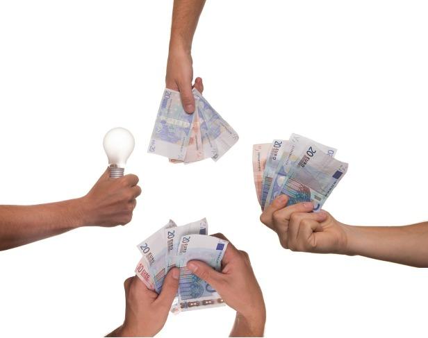 crowdfunding-3347415_1280