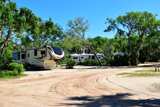 campground-3336155_1280