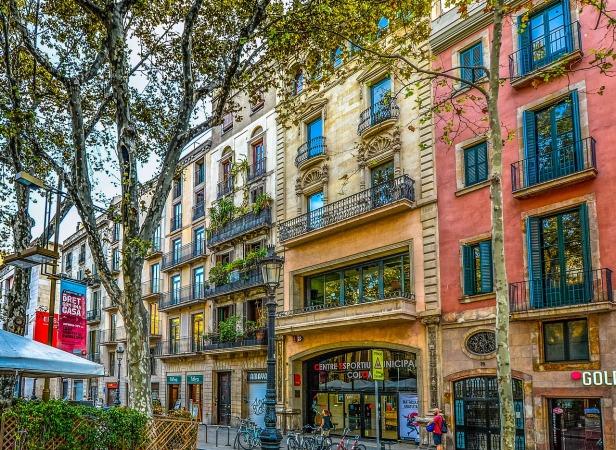 barcelona-2088158_1280