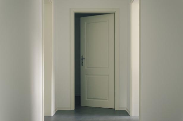 door-3036579_1280(2)